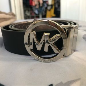 Authentic Michael Kors reversible belt
